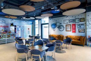 ドバイ留学 ES Dubai Uninest 学生寮 Shop