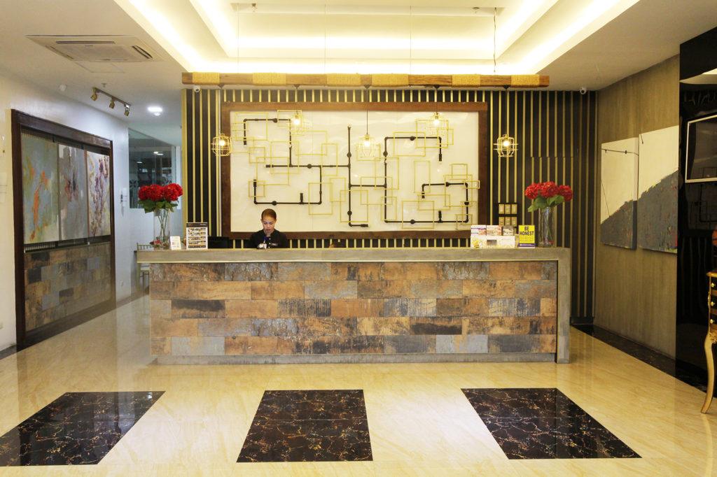 フィリピン留学 セブ島留学 IDEA CEBU ホテル寮 エントランス