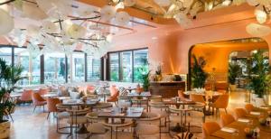 ドバイ フラミンゴレストラン