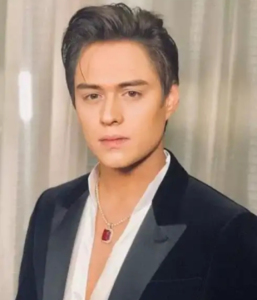 Enrique Gil (エンリケ・ヒル)