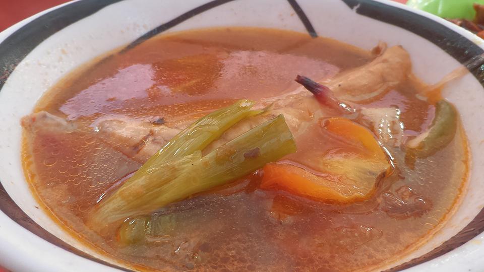 セブの魚市場パシル地区で食べる:Larang(ラーラング)